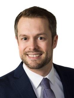 Christopher Klinghardt Headshot