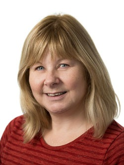 Judi Robertson Headshot
