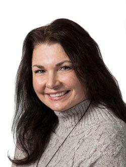 Wendy Acciaroli Headshot