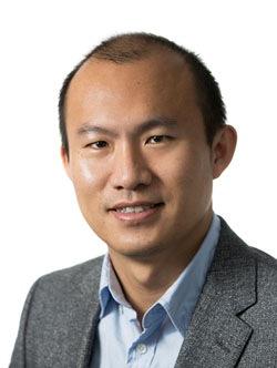 Wenxuan Hou Headshot