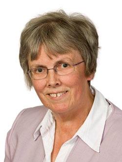 Pauline Weetman Headshot