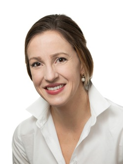 Kathi Kaesehage Headshot