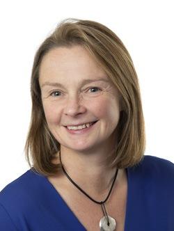 Helen Ryall Headshot